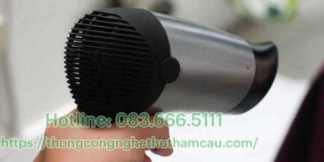 tẩy sạch vết keo dính bẩn bằng hơi nóng máy sấy tóc