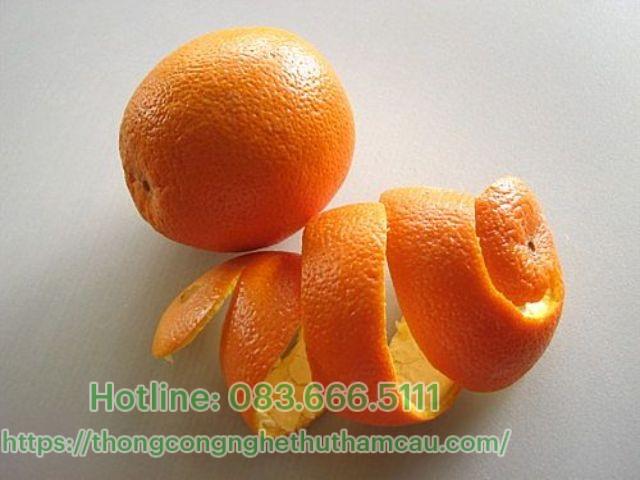 Dùng vỏ cam để khử mùi hôi hiệu quả