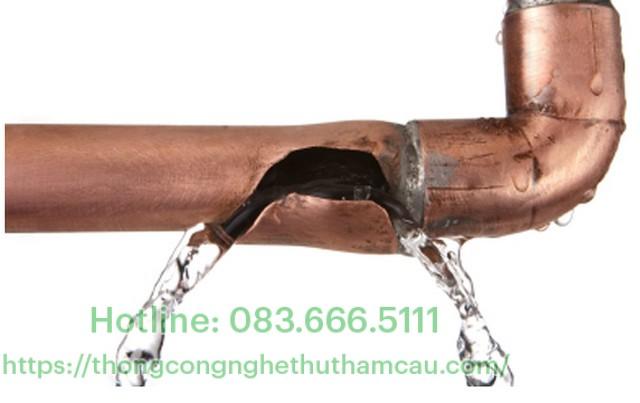 sửa chữa ống nước rò rỉ